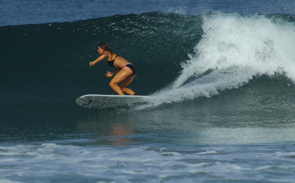 learning to surf Archives - Peaks 'n Swells Surf Camp - Costa Rica